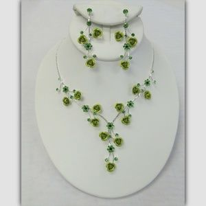 Silver Green Floral Flower Crystal Necklace Set